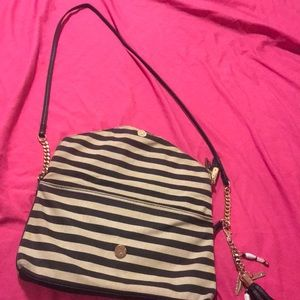 Purse black and beis